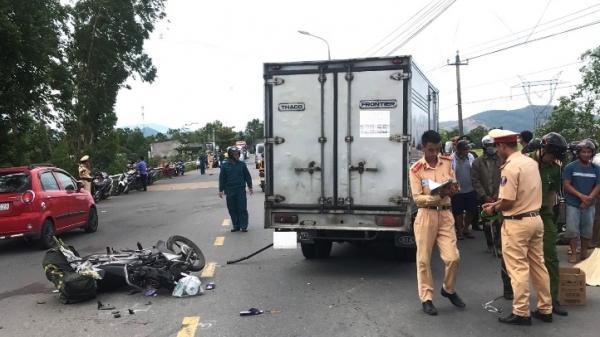 Đi bán hương Rằm tháng 7, phụ nữ nghèo bị xe tải t ông ch ết thương tâm