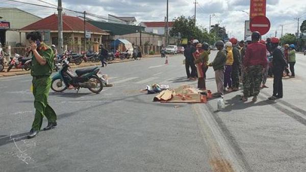 TAI NẠN NGHIÊM TRỌNG tại Đắk Lắk: Xe máy va chạm với xe khách khiến 3 người thương vong