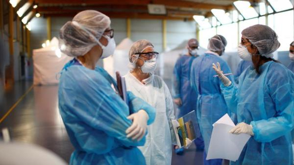 Cảnh báo: Nghiên cứu mới xác định virus corona có thể bám trên khẩu trang tới hơn 1 tuần