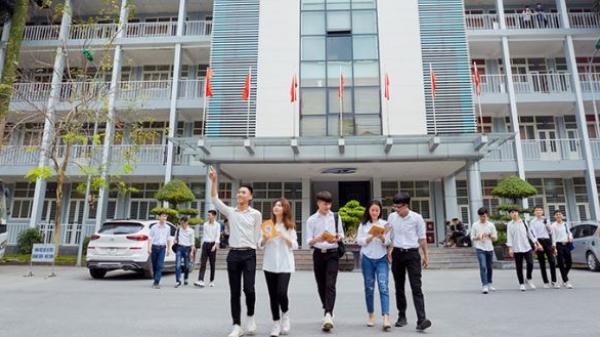 Một trường Đại học lì xì mỗi sinh viên 500.000 đồng, chuyển thẳng vào tài khoản