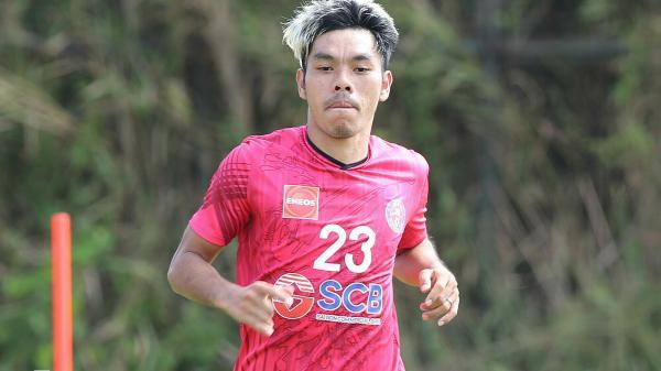Tấm lòng cầu thủ Việt trong thời điểm khó khăn