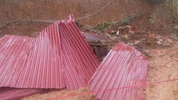 Lâm Đồng: Ta luy đ.ổ s.ập sau mưa lớn, 2 cha con th.ương v.ong