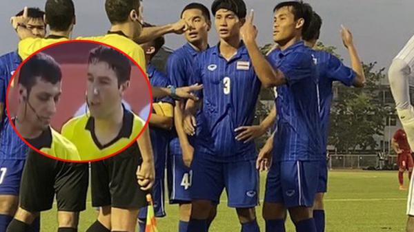 Cầu thủ Thái Lan quát trọng tài: 'Ông là người Việt Nam đúng không?'