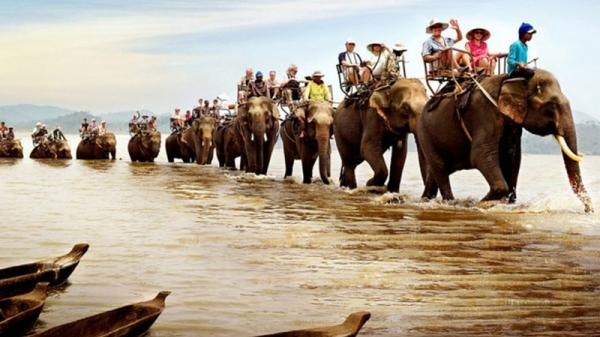 Đề nghị tạm dừng đưa các đoàn khách theo chương trình kích cầu du lịch tới Đắk Lắk