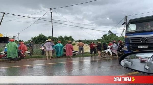 NGHIÊM TRỌNG: Xe tải BKS Đắk Lắk tông xe máy gãy đôi, người đàn ông bị chấn thương sọ não