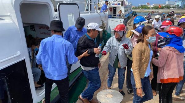 Quảng Ngãi: Du khách nước ngoài cư trú trên 15 ngày ở Việt Nam được du lịch ra đảo Lý Sơn