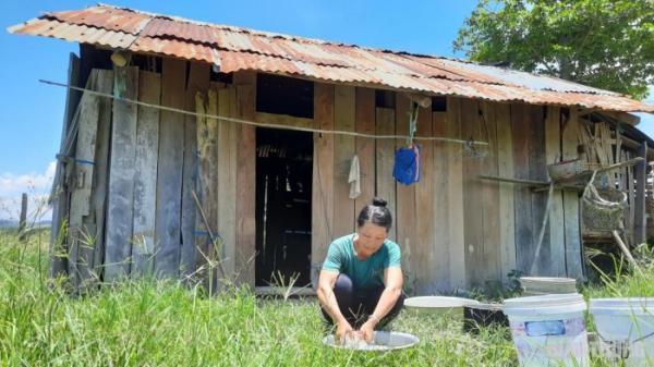 Cán bộ vận động người nghèo không nhận tiền Covid-19 tại Đắk Lắk: Tại sao không làm rõ?