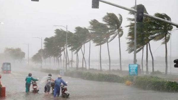 CẬP NHẬT: Vùng áp thấp hướng vào Bình Định - Khánh Hòa, đất liền mưa rất to