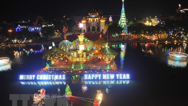 Rộn ràng không khí Giáng sinh tại Đắk Lắk và các địa phương trên cả nước