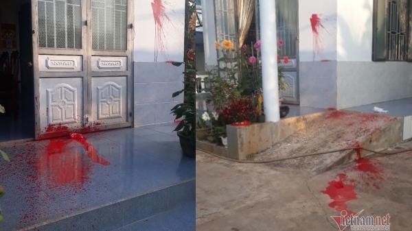 Đắk Lắk: Nhà nguyên trưởng phòng Giáo dục bị tạt sơn đêm mùng 1 Tết