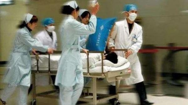 Người đàn ông 33 tuổi đột tử do nhồi máu não, bác sĩ cảnh báo 2 việc không làm sau bữa ăn