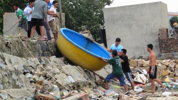 Phú Yên, Khánh Hòa: Chủ động di dời hàng ngàn người dân ra khỏi vùng nguy hiểm trước khi bão số 6 đổ bộ
