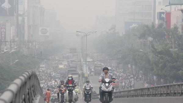 Không khí ô nhiễm khủng khiếp nhất từ trước đến nay: Người dân sẽ phải làm gì?