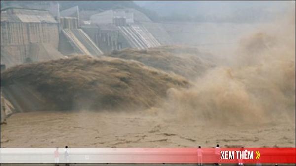 Tam Hiệp gặp nguy, Trung Quốc đối mặt lũ lịch sử