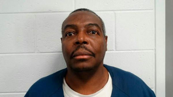 Còn vài tuần thì mãn hạn tù 44 năm, người đàn ông chết vì nhiễm Covid-19