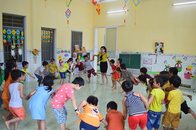 Tình trạng thiếu giáo viên mầm non và tiểu học ở Quảng Ngãi ảnh hưởng đến chất lượng giảng dạy, nuôi dạy.